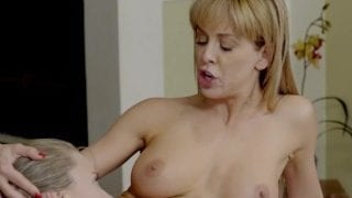 MomsTeachSex – Step Siblings Receive Their Mothers Love XXX